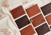 Delbert & Stefanie Wedding Souvenirs by Yuo And Leather