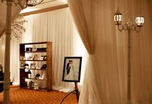 White Vintage Charm by Tea Rose Wedding Designer