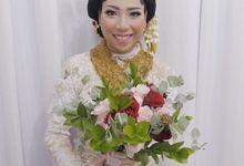 Hand Bouquet by OH DEKO