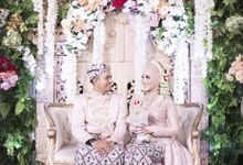 Modern Day Traditional Sundanese Hijab Wedding by SLIGHTshop.com