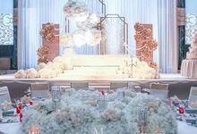 White Gatsby by Kayangan Gallery
