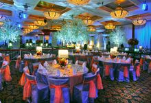Beautiful Wedding Light from Rio & Sysilia by Etcetera Lighting