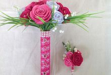 pink bouquet by La Niña Weddings