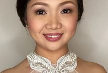 CLOSE UP by KitKat - Wedding Hair and Make Up Artist