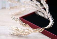 Irelia Wedding Crown Headpiece by Fairytale Undercover