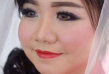 bride by VidJei Makeup