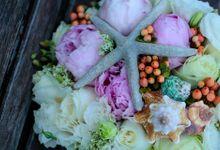 Beach Wedding by Marga Florist