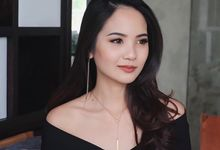 Drop Chain necklace by LINCA Jewellery