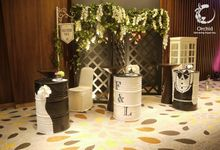 Black & White Glam by Orchid Florist and Decoration
