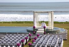 Bree and Matt Wedding by Phalosa Villa & Venue