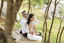 Pre Wedding Stone Garden by LeVien