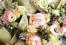 Bloom back wedding flowers for a good cause by BloomBack