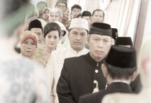 Sari & Adit Wedding by photofoto Photography