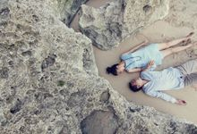 Agus & Fransisca by Portrait.inc