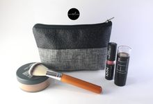 Wolu For Putri Sarah Pouch Make Up by Wolu