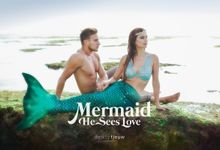 MERMAID, He Sees Love by Daddy Tjeuw Photo
