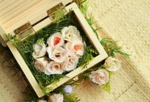 Flowers Arrangement Catalog by Roopa