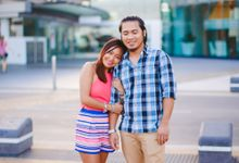 Vivien & Joel - Surfers Paradise Engagement Session by Michael Montaño Photography