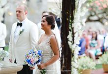 A classic Garden Wedding at Luminious Courtyard Amanusa by AVAVI BALI WEDDINGS