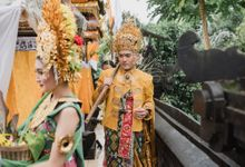 Balinese Modern Wedding Reception Party by Bali Izatta Wedding Planner & Wedding Florist Decorator