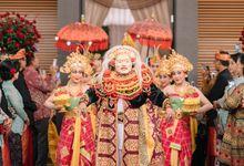 Balinese Wedding of Gana & Dayu by  Menara Mandiri by IKK Wedding (ex. Plaza Bapindo)