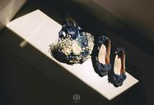 Sophisticated Dark Blue Wedding by SLIGHTshop.com
