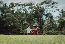 Tiffany & Tim by Balimakna Photography