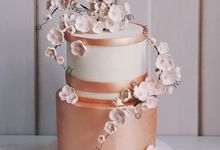 2 tiers Celebration Cake (Wedding, Birthdays, etc) by duchess bakes