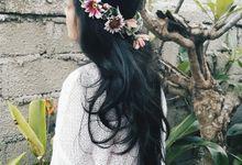 flower crown by Defelcia Florist
