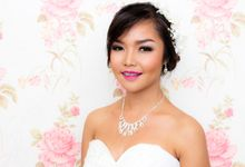 Kitty Aprilia Pre-Wedding by Sara Skinada Makeup Artist