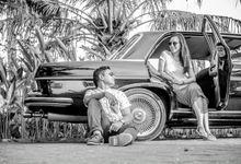 Prawedding Shoot With Classic Car by Lusi Damai Classic Car
