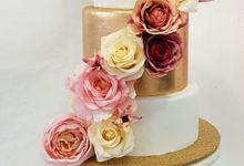 Wedding Cake Rentals by Carousel Moments