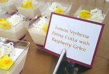 Dessert Tables - An All White Romance by LA BONNIE PASTRIES PTE. LTD.