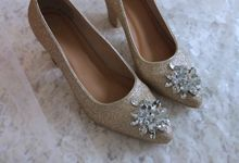 Pointed heels glitter bronze by Vousbelle