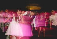 Beautiful rooftop venue with dance party by flairfolio photography