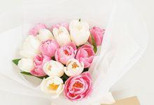 Flower Bouquet by Jane Flower Studio
