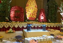 THE WEDDING OF  ARIN & GEGON by PUSPA CATERING
