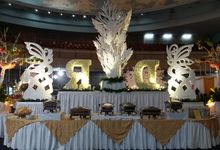 The wedding of Dewi & Robby by PUSPA CATERING