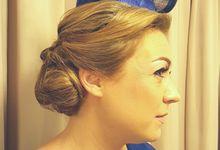 Royal Hairdo by Favor Make Up by Dian Mayasari