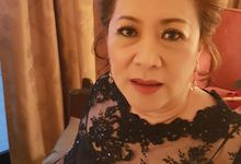 Bride's Mom by Favor Make Up by Dian Mayasari