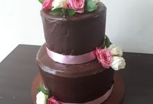 Chocolateeee..... Yummmm But Elegance by Sugaria cake