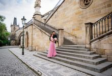 Pre-wedding photo shoot in Prague by Victor Zdvizhkov Prague Photographer