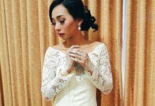 Wedding Make Up by Make Up by Mutiara Fallahdani