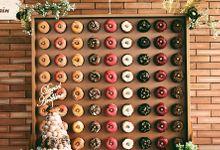 Wall of Doughnuts by Dough Darlings