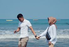 Sweet Vacation Of Dwi and Deni by NARAGRAPH