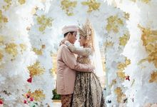 Chintya & Taqin by S E V E N P I X E L   PHOTOGRAPHY   AND   ARTWORK