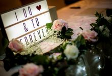 Reception Photo Table Styling by Dorcas Floral