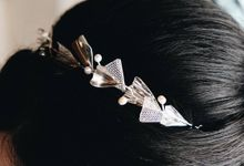 Silver Petals Headpiece and Bracelet by ayyara