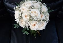 All White Bouquet by nanami florist