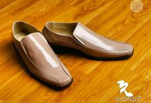 Dr Carissa And Yoga Wedding by Wedding shoes by Biondi
